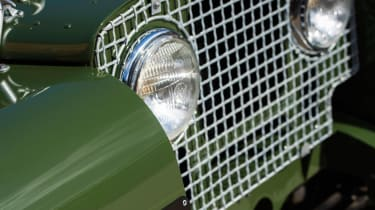 Land Rover Series 1 Reborn - grille