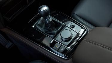 Mazda CX-30 SkyActiv-X - centre console