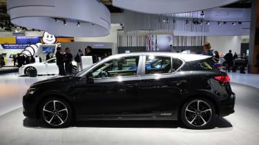 Frankfurt - Lexus CT 200h - side