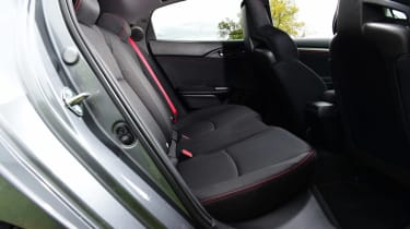 Honda Civic Type R Sport Line - rear seats