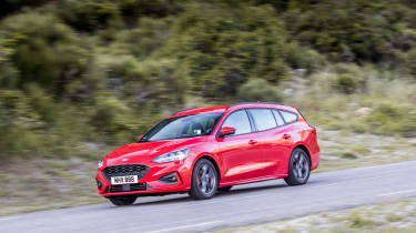 Ford Focus Estate - front panning