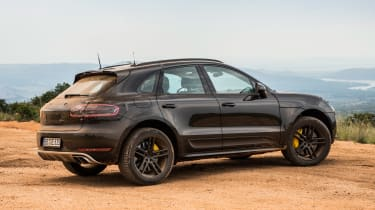 Porsche Macan 2018 prototype static dirt