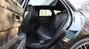 Jaguar XF Sportbrake 3.0 diesel S - rear seats