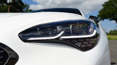 Kia Stinger - headlight