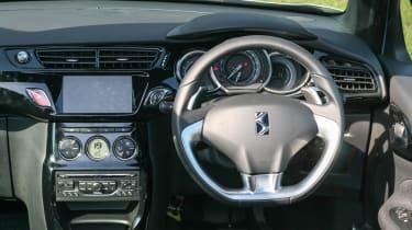 Citroen DS3 Cabrio 1.6 HDi interior