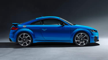 Audi TT RS Coupe - studio side