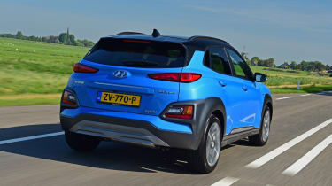 Hyundai Kona Hybrid - rear tracking