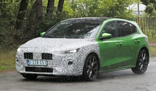 Ford Focus spy shot - driving