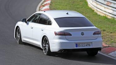 Volkswagen Arteon R - spy