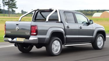 Volkswagen Amarok - rear quarter
