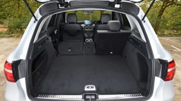 Mercedes GLC - boot