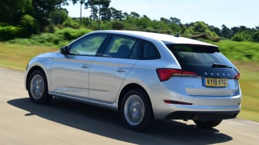 Skoda Scala - rear tracking