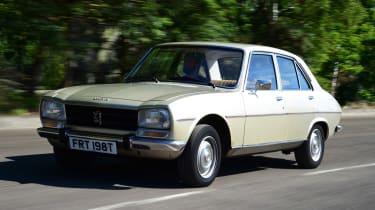 Peugeot 504 - front