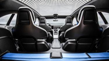 Porsche Mission E Cross Turimso - interior
