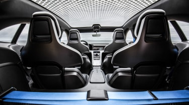 Porsche Mission E Cross Turimso - interior