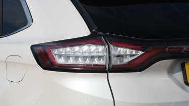 Ford Edge Vignale - rear light