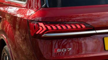 Audi SQ7 - rear light