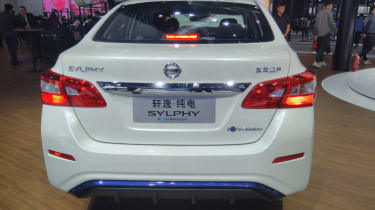 New Nissan Sylphy - full rear