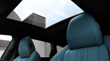 Peugeot 308 SW - panoramic roof