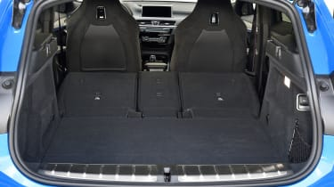 BMW X2 M35i - boot seats down