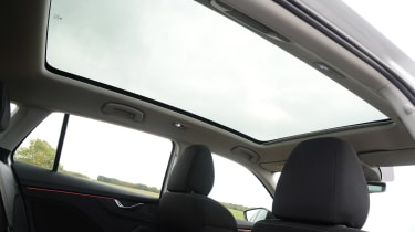 Skoda Scala - long termer sunroof