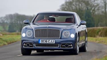 Bentley Mulsanne Speed 2017 - front cornering