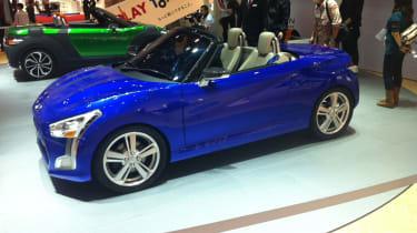 Daihatsu Kopen revealed in Tokyo blue front