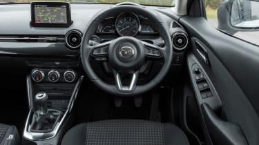 Mazda 2 Sport Black - dash