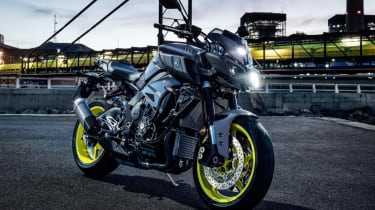 Yamaha MT-10 review - static