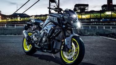 Yamaha MT-10 review - static