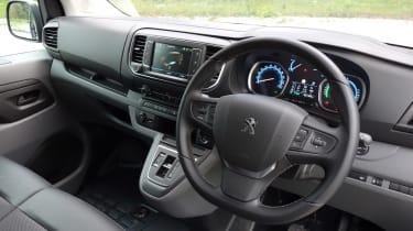 Peugeot e-Expert - cabin