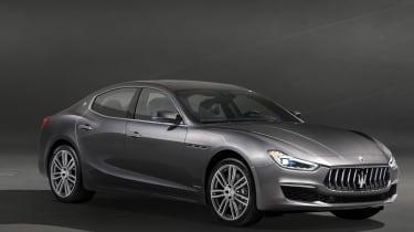 2018 Maserati Ghibli facelift front quarter