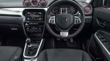 Suzuki Vitara S - interior