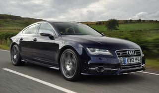 Audi S7 front tracking