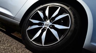 Vauxhall Insignia Grand Sport 2017 1.5 Turbo wheel