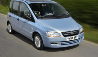 Fiat Multipla mpv front tracking