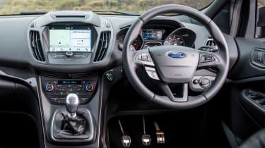 Ford Kuga 2017 - interior