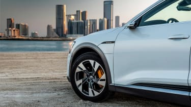 Audi e-tron - wheel