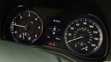 Hyundai Kona Diesel - dials