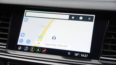 Vauxhall Insignia Grand Sport - navigation