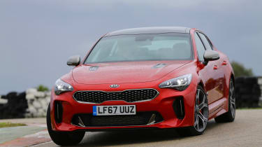 Kia Stinger - front action
