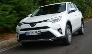 Toyota RAV4 Hybrid - front action