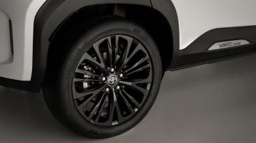 Toyota Yaris Cross - wheel