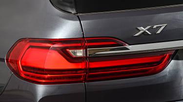 BMW X7 - rear lights