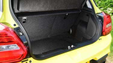 Suzuki Swift Sport - boot