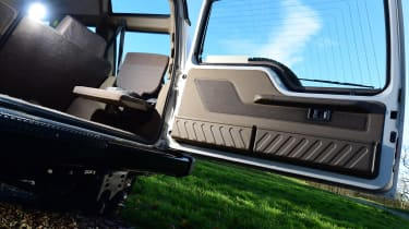 Land Rover Discovery Mk1 - rear door