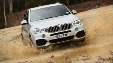 BMW X5 - water