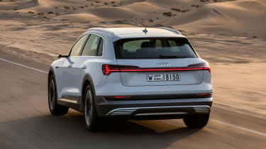 Audi e-tron - rear action