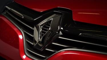 Mk4 Renault Clio grille