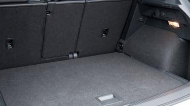 Volkswagen Tiguan R-Line 2016 - boot space